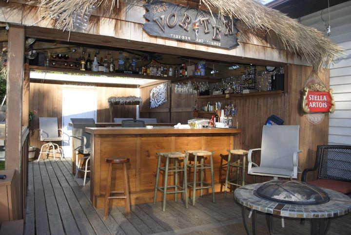 Fusaro Home Improvements - Tiki Bar